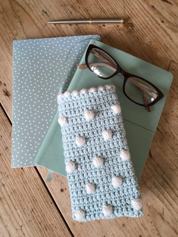Crochet-Glasses-Case-2