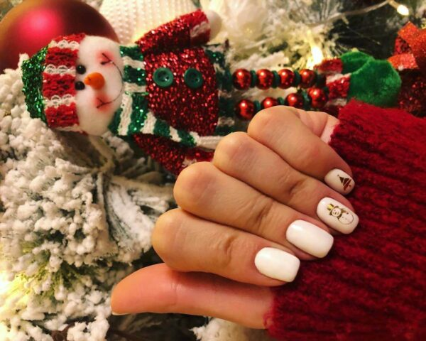 White manicure for the new year