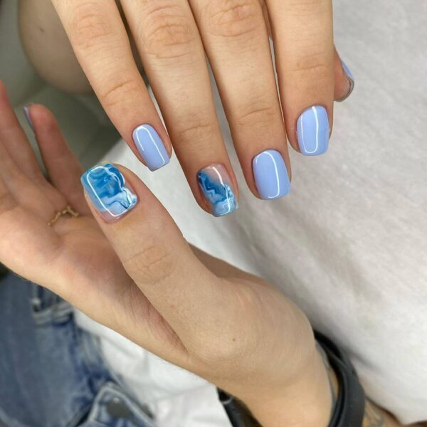 Blue manicure with pattern