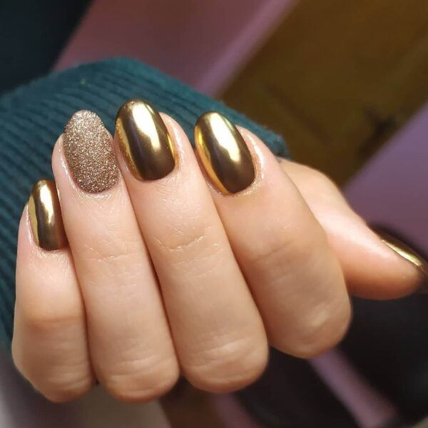 Metal manicure gold with sparkles