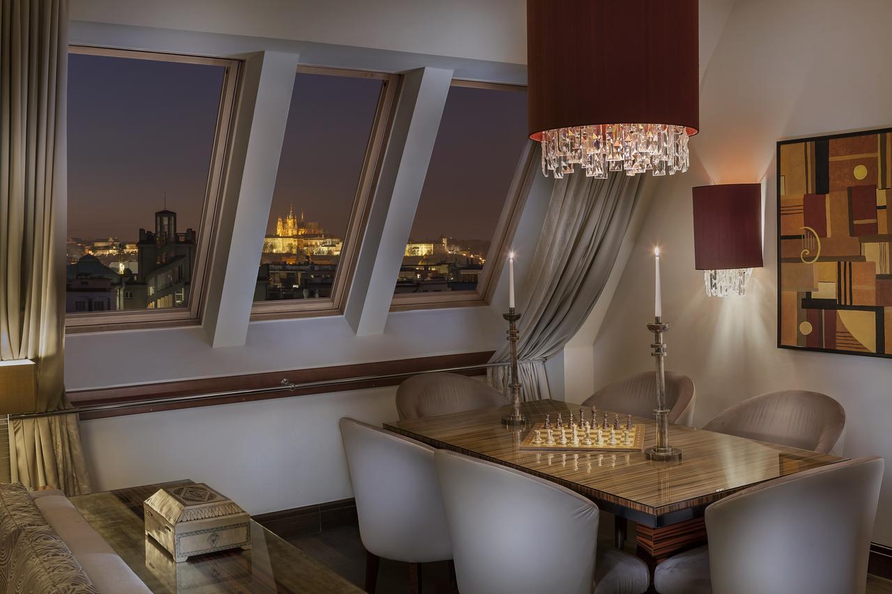 Luxusní pokoj v hotelu Alcron