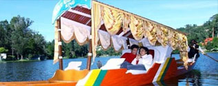 Honeymoon-Packages-Kashmir