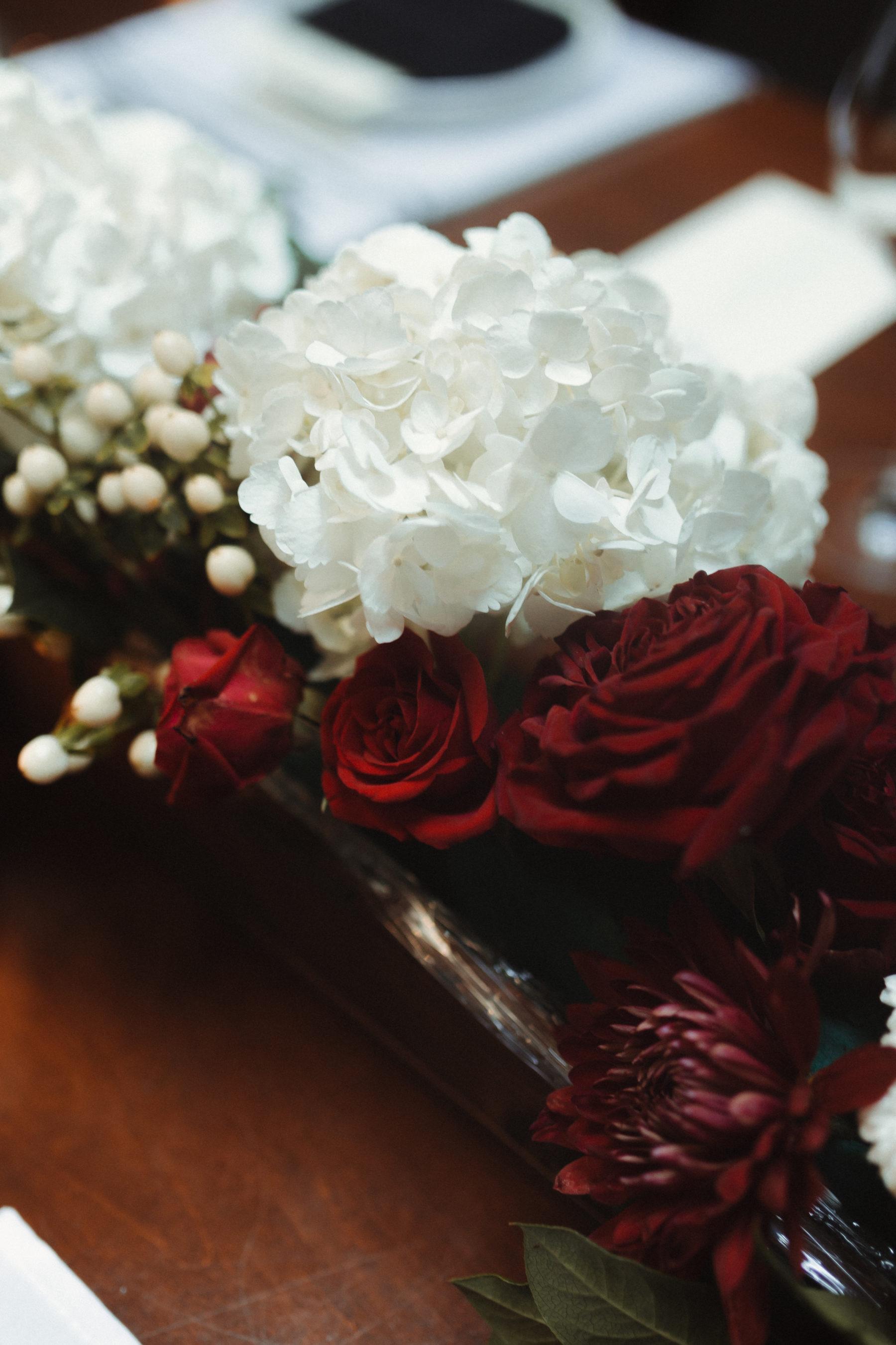 Red and white wedding flowers; Nashville brunch elopement featured on Nashville Bride Guide