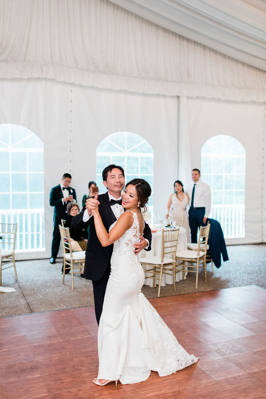Father/daughter dance for Nashville Wedding captured by Maria Gloer Photography