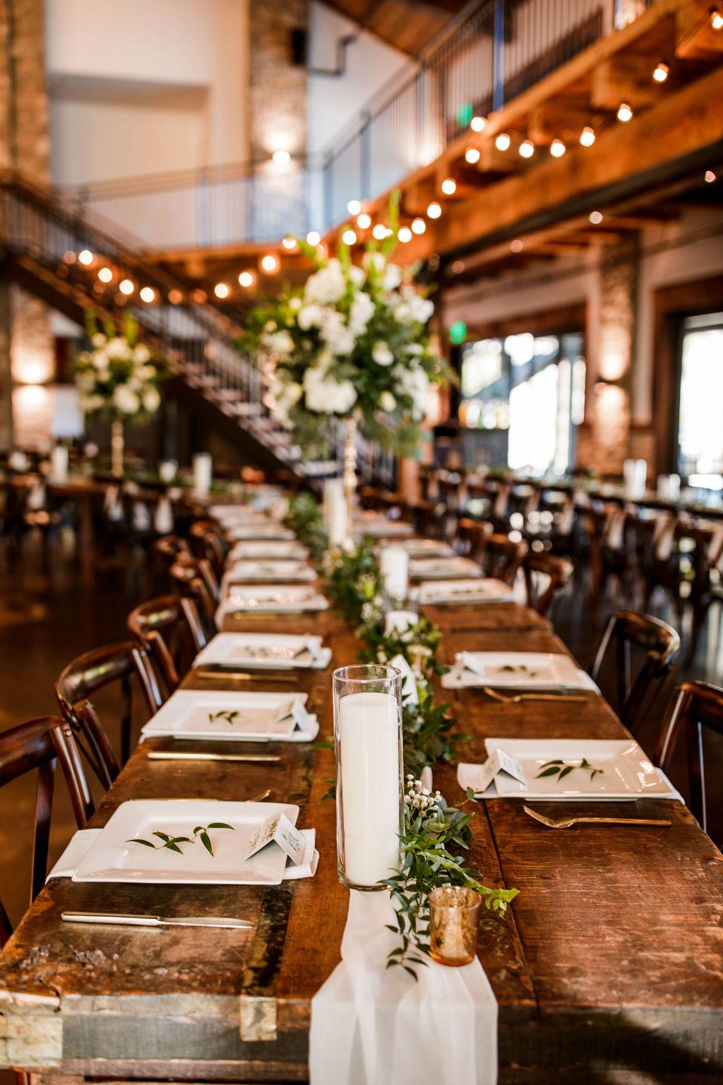 Elegant Wedding Table Decor: Beautiful Graystone Quarry Wedding featured on Nashville Bride Guide!