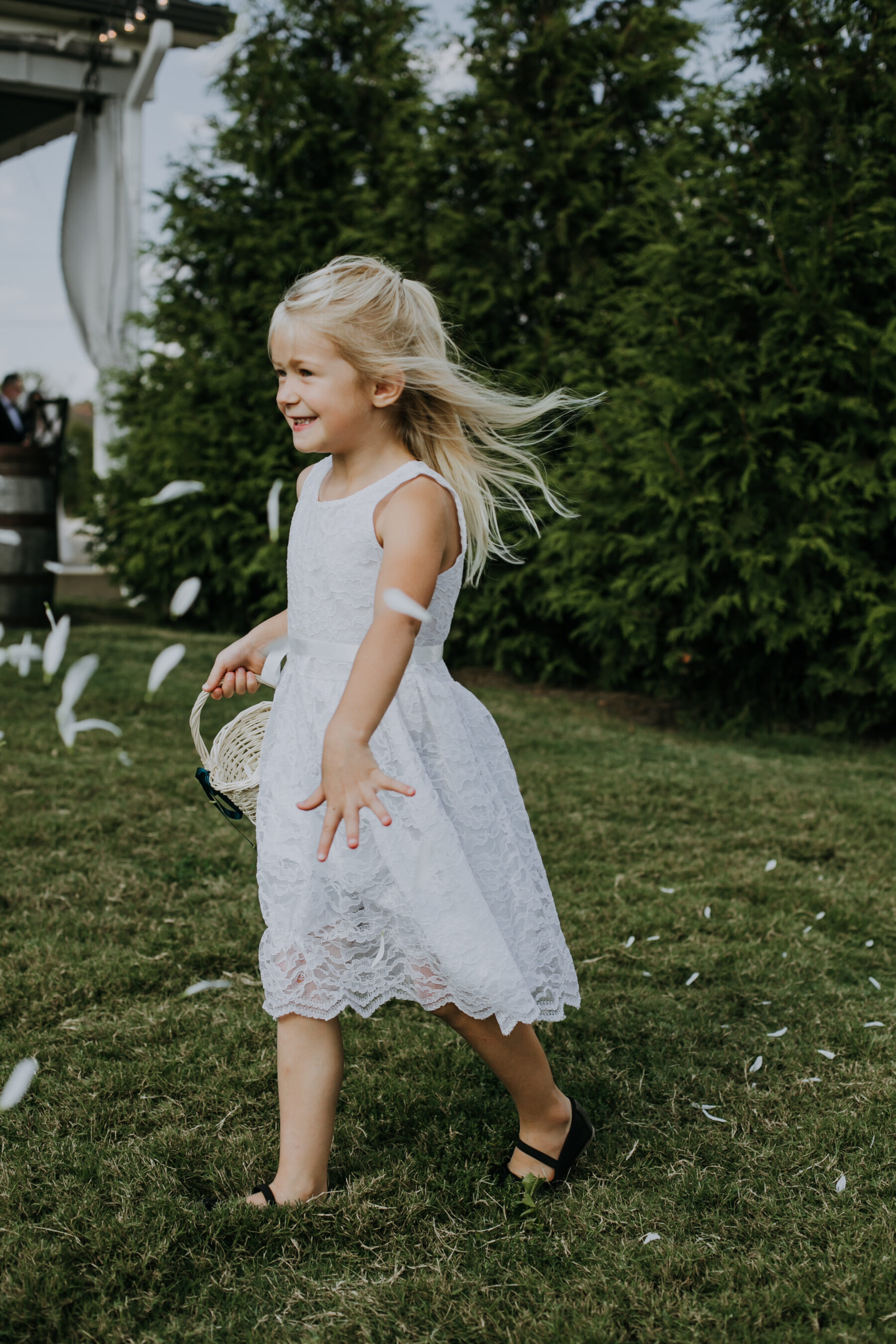 Flower girl portrait: Nashville Wedding with Beautiful Views by Teale Photography featured on Nashville Bride Guide