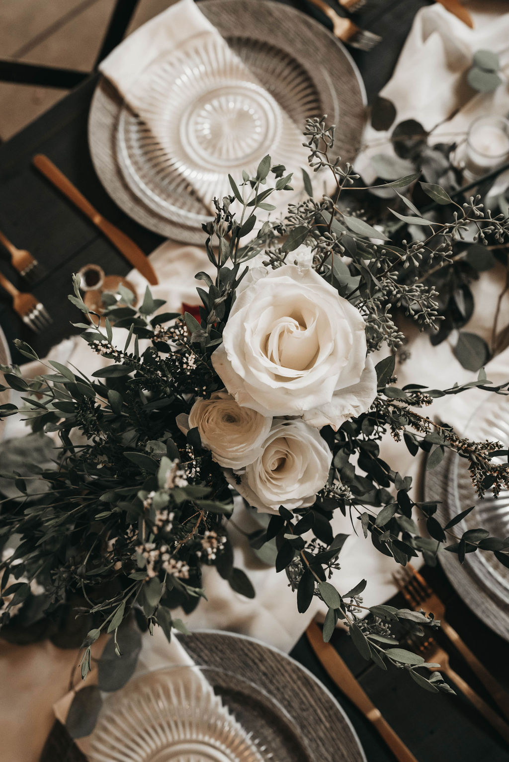 white and greenery wedding centerpieces