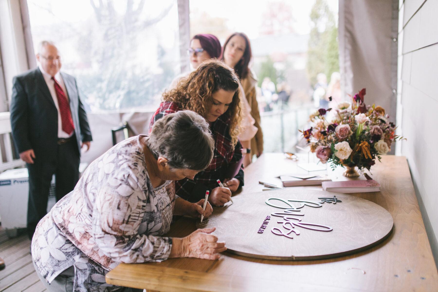 Wood Wedding Guest Book   Nashville Bride Guide