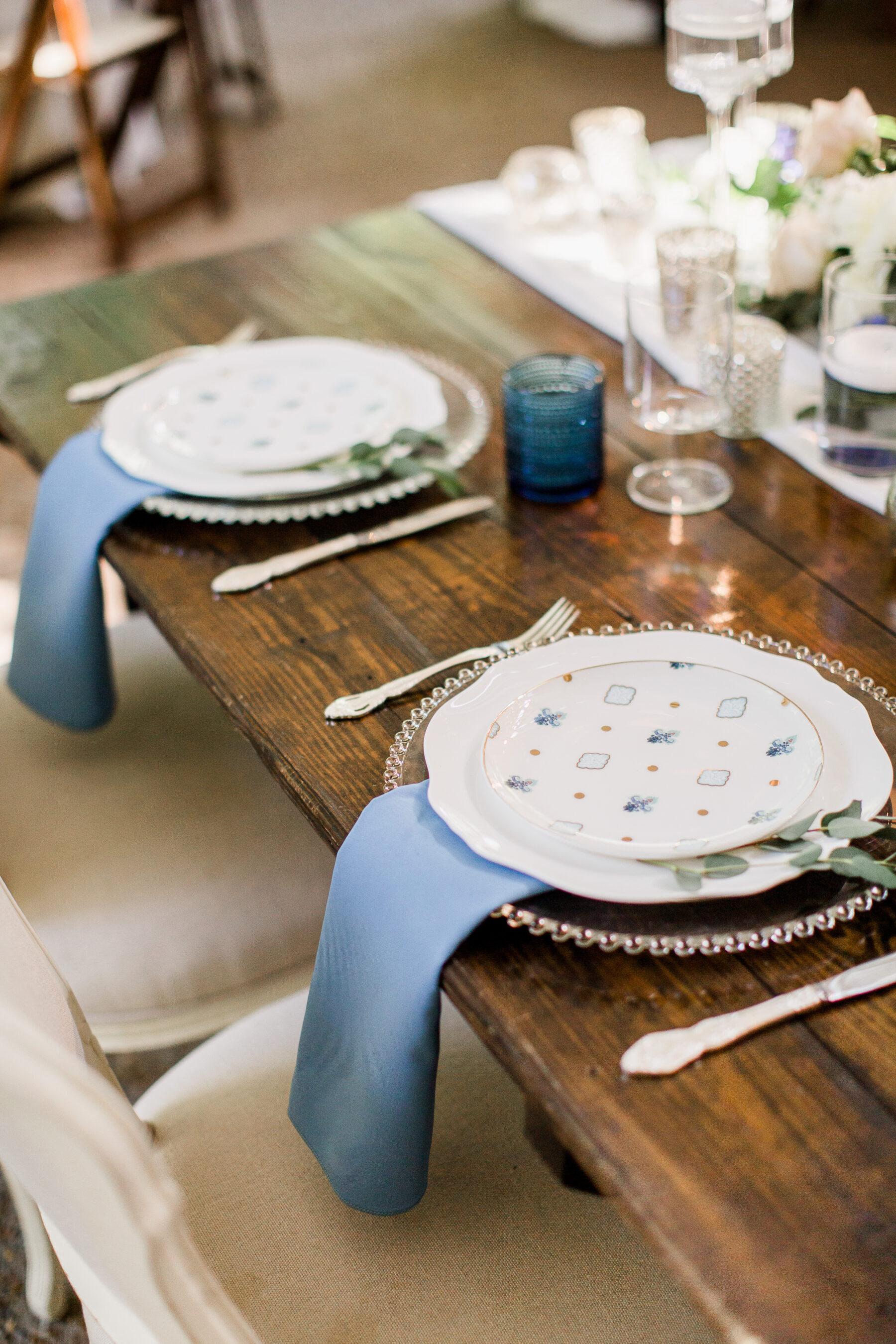 Garden wedding table decor   Nashville Bride Guide