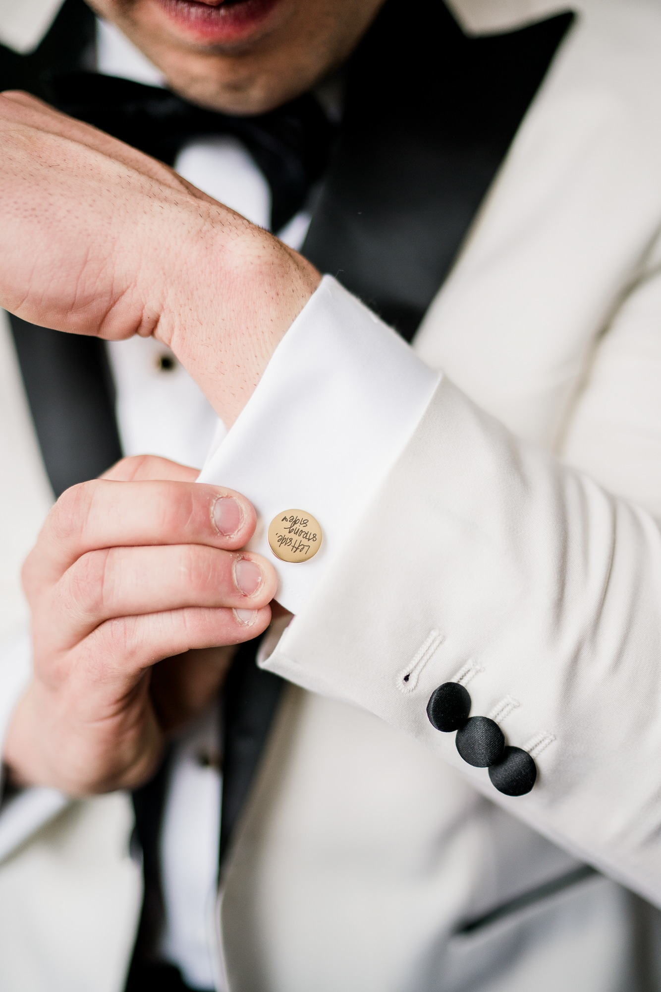 Custom Wedding Cuff Links   Nashville Bride Guide