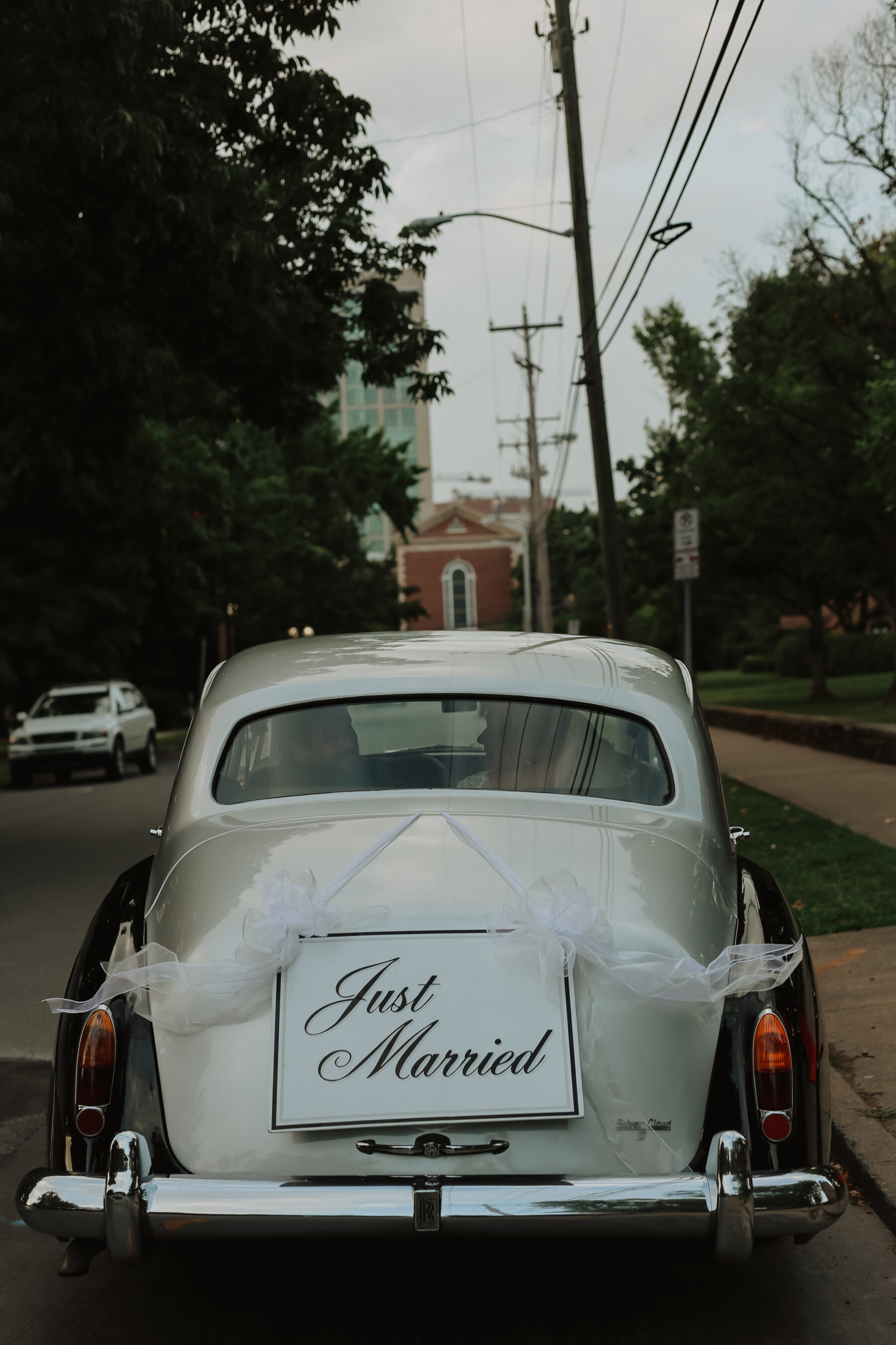 Regal Inspired Wedding at The McConnell House | Nashville Bride Guide