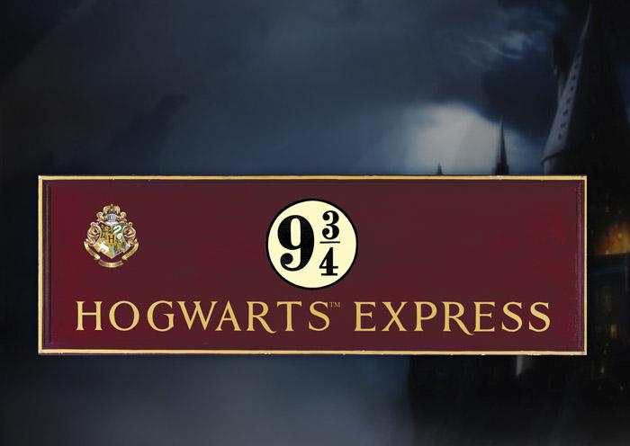 Harry Potter – Wooden Sign – Hogwarts Express **DISCONTINUED**