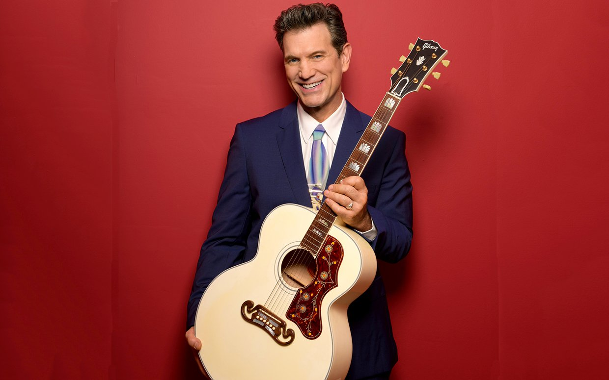 Musician Actor And Tv Host Chris Isaak Plays At Sands