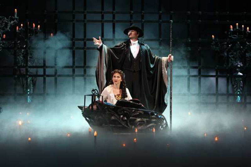 Theatrical Musical Wallpaper