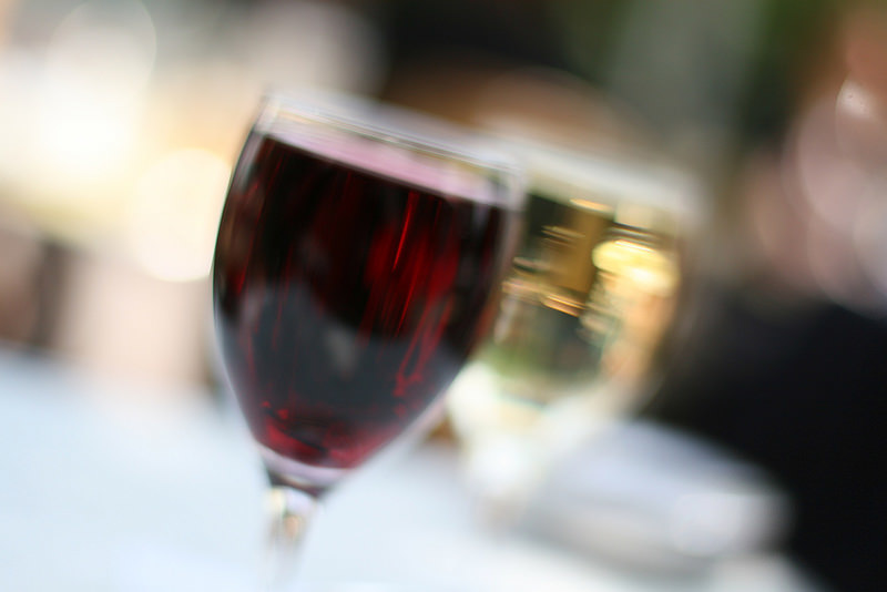 Pass the wine? Study suggests moderate drinking in pregnancy increases mental health in children