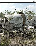 BBC News | MUSIC | Confirmed: Aaliyah plane too heavy