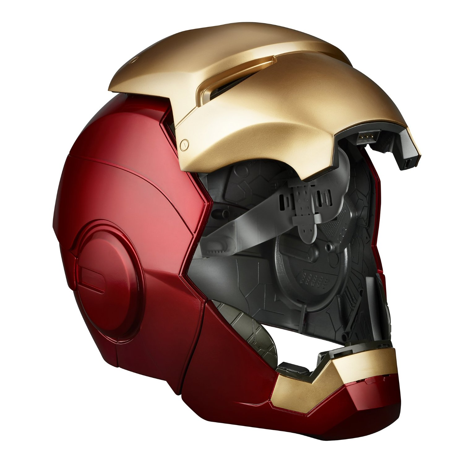 Pre-Order The Captain America Civil War Role Play Items ...