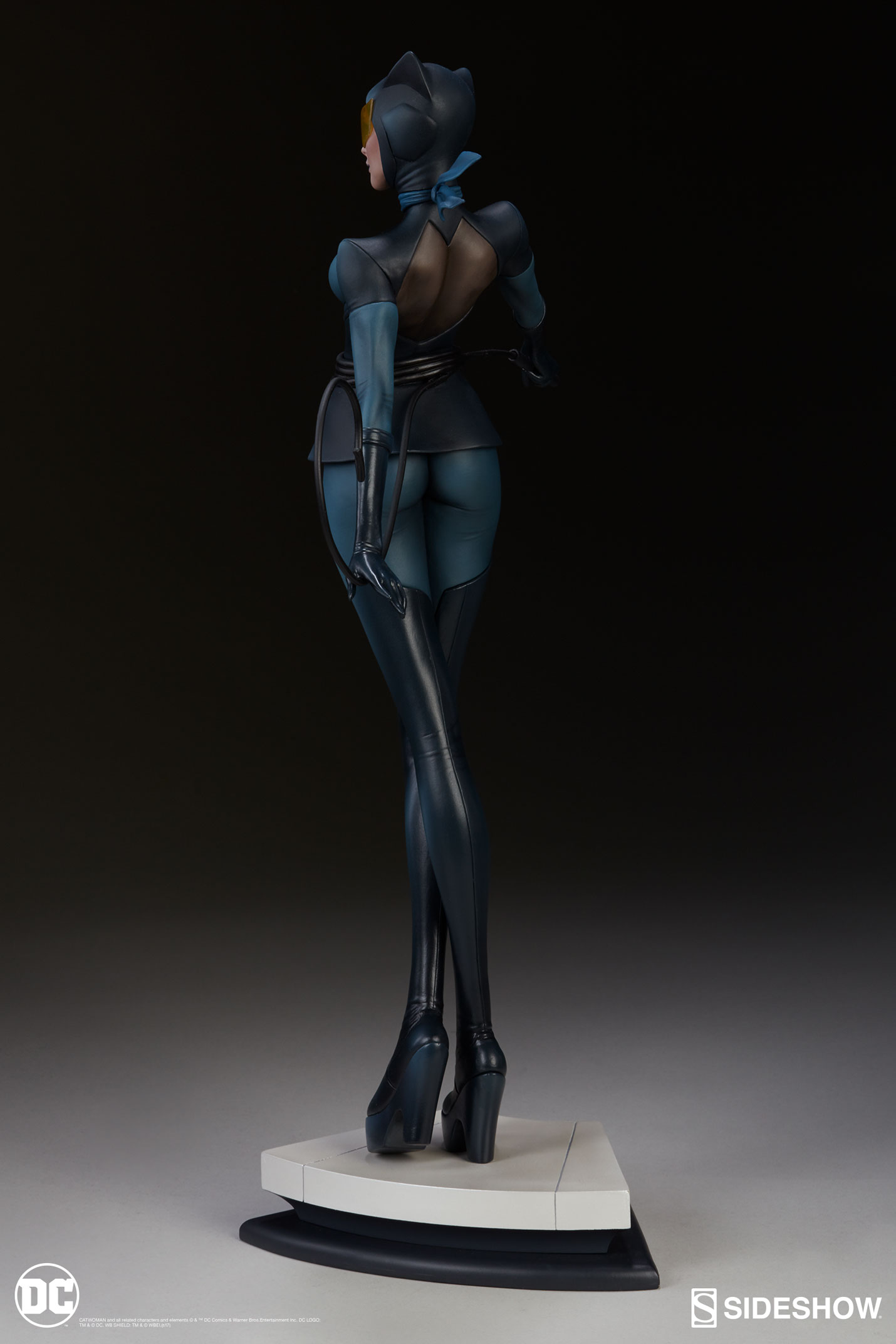 Sideshow Catwoman Statue Designed by Artgerm - The Toyark ...