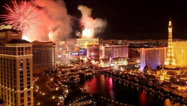 Enjoy moment of 2019 New Years Eve in Las Vegas Las Vegas New Years Eve Celebrations