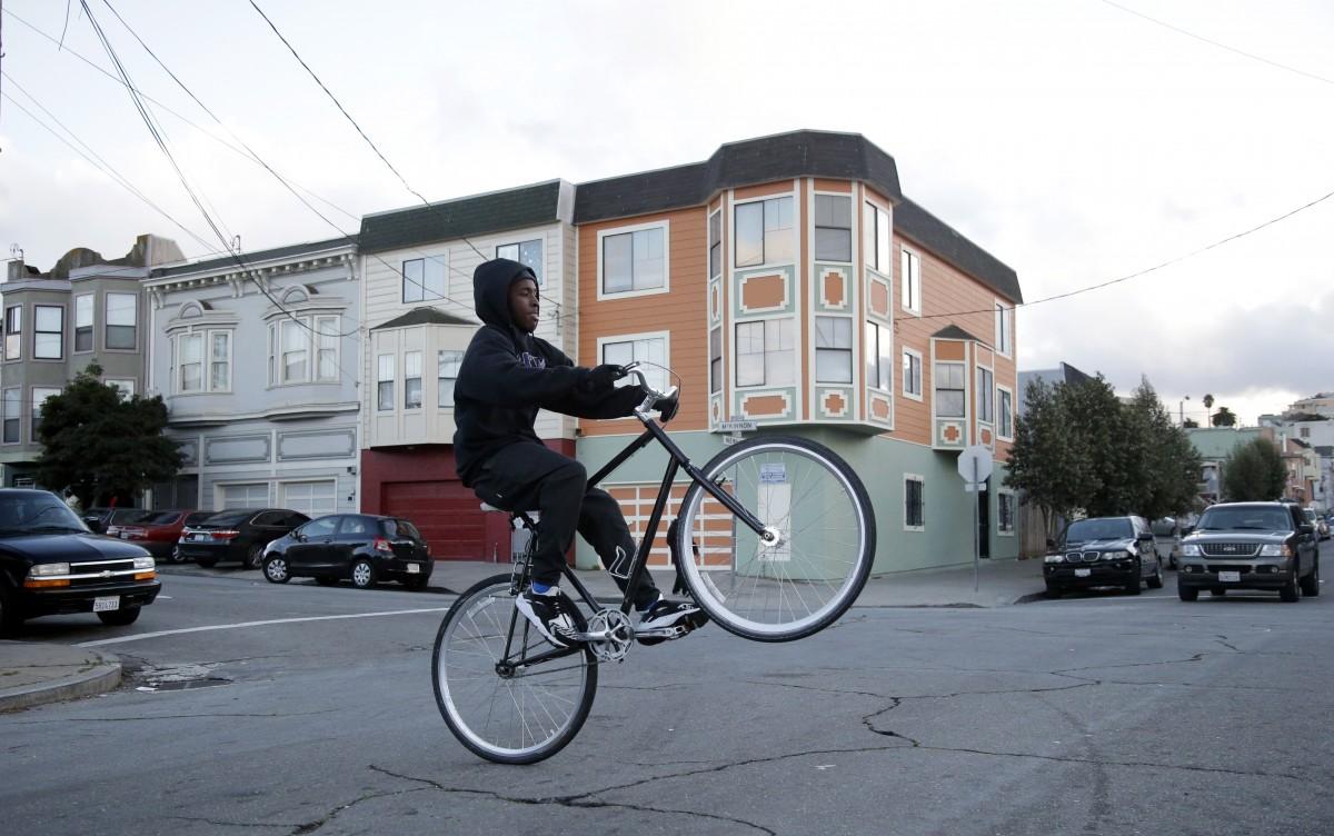 Amid Black Unemployment Crisis S F Neighborhood Looks To