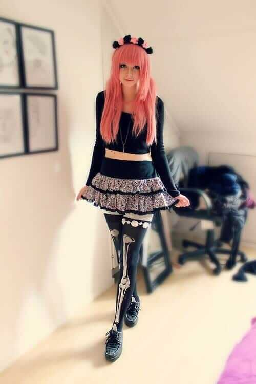 12 Ways To Rock Pastel Goth Leggings Ninja Cosmico