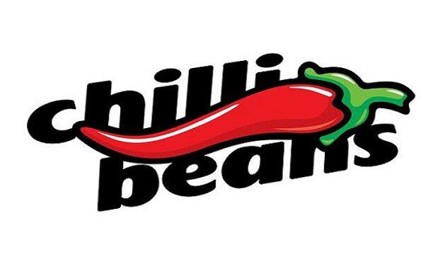 bc77bf598 A Chilli Beans iniciou suas atividades no final dos anos 90, sob o comando  do empresário Caito Maia. Mais de 20 anos depois, hoje é consolidada como a  maior ...