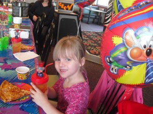 Chuck E Cheese Birthday Party No Time Mommy