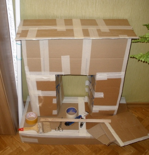 Decorative fireplace from cardboard sheets