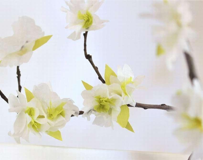 Μικρά λουλούδια από χαρτοπετσέτες