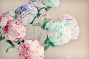 چگونه گل از دستمال سفره