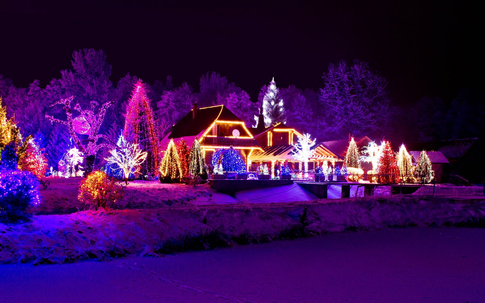 Beautiful Christmas Light Displays