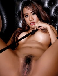Unclothed Oriental Pretty Chick Ammy Kim