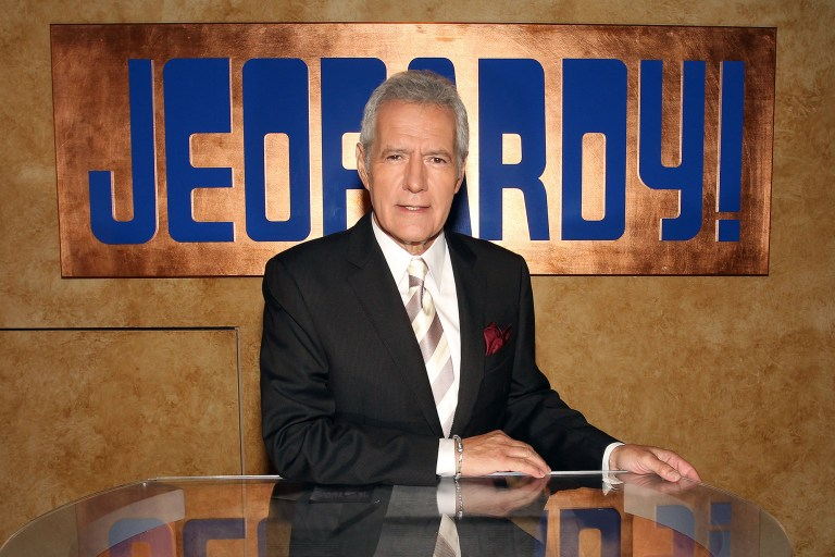 'Jeopardy!' host Alex Trebek honored in first show since his death