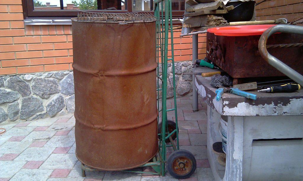 Ahumadero de un barril