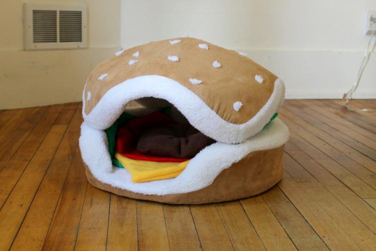 Hamburger Dog Or Cat Bed