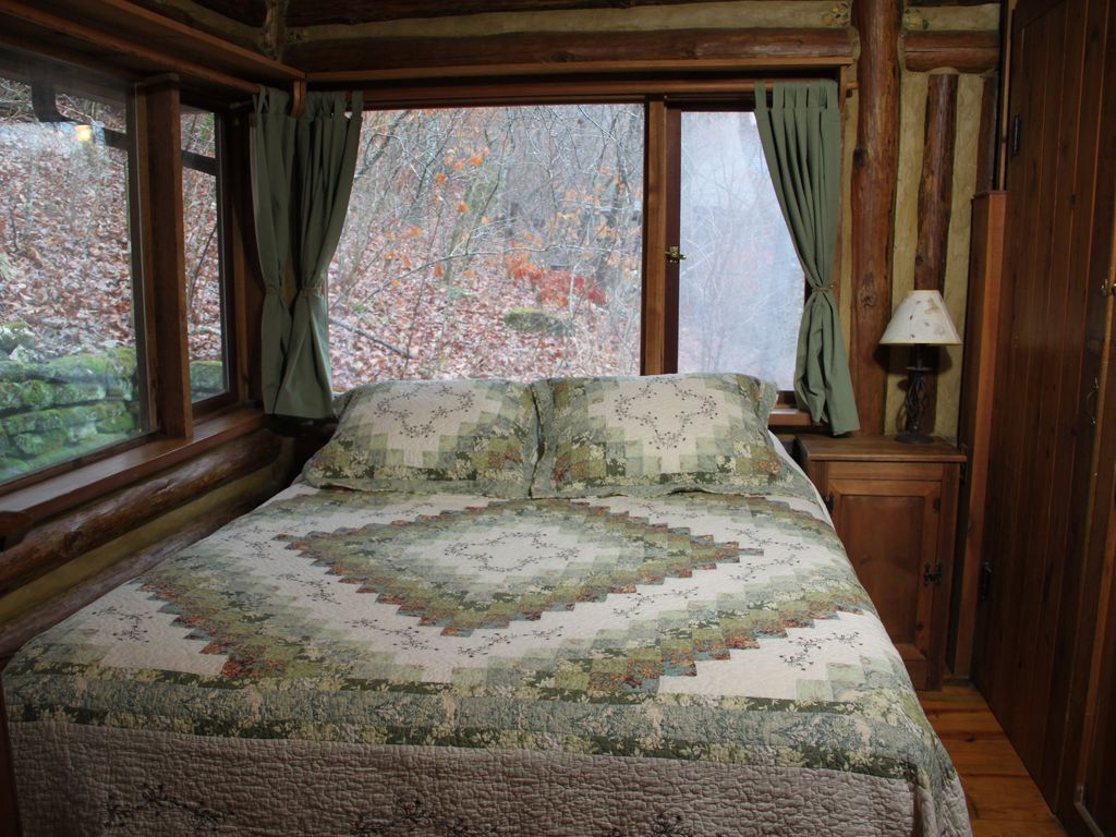 The Perch At Lake Lucerne Log Cabin Couple Vrbo