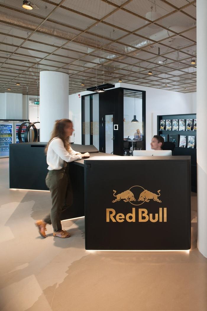 Red Bull Light Bulb