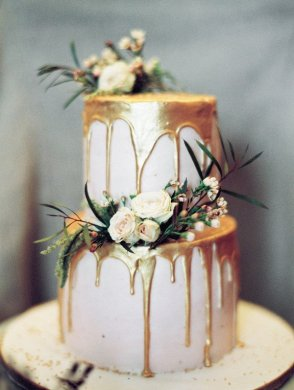 wedding cake ideas Archives   Oh Best Day Ever trending metallic gold wedding cake ideas with floral