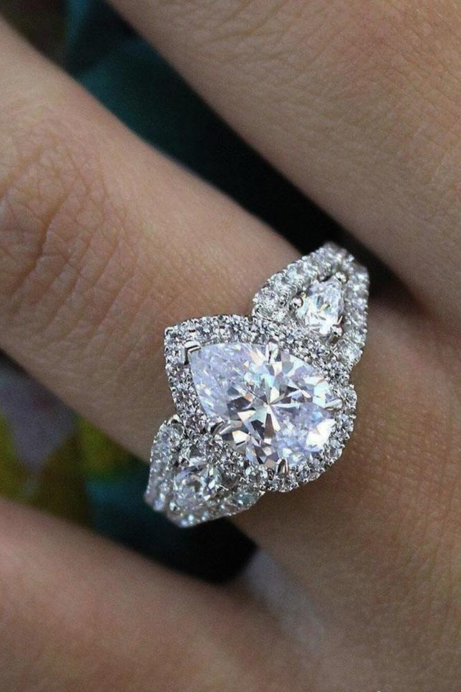 18 The Best Three Stones Engagement Rings That Admire Oh So Perfect Proposal