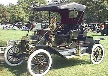 A Picture Review of the Ford from 1896 to 1935 1909 Ford Model T Mother in law seat
