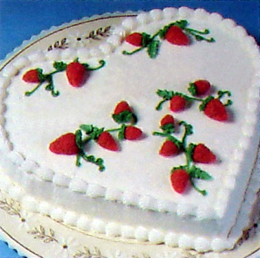 Birthday Cake Ideas   Vintage Recipes and Decorating Tips     cake   mock strawberries