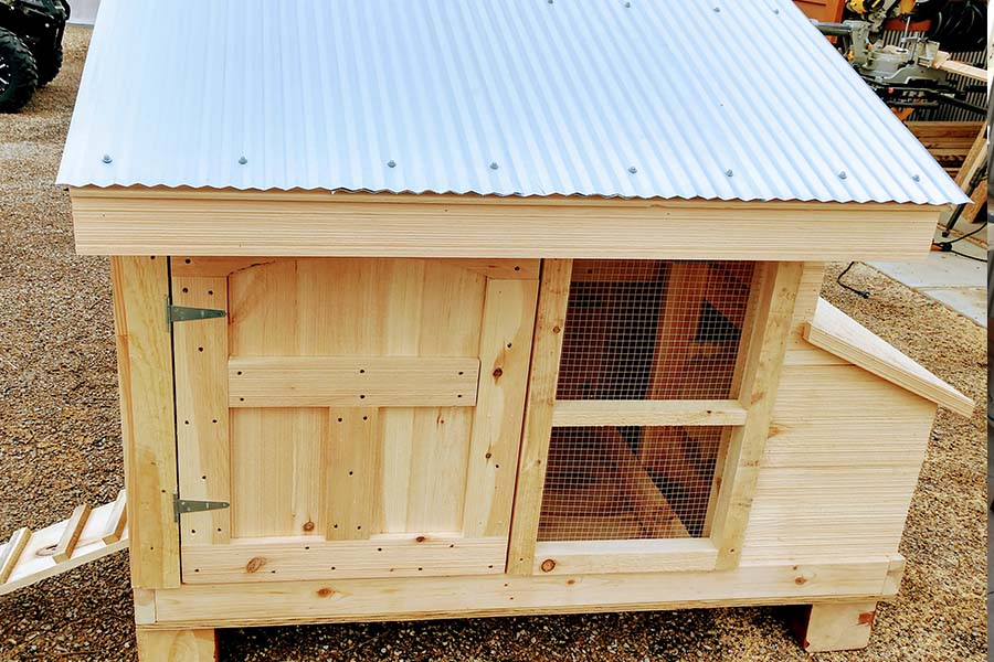 The Perfect Diy Small Flock Chicken Coop Strong Elegant