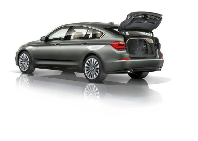 2015_BMW_5_SERIES_GT_rear_trunk_pic-8