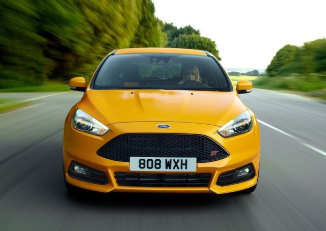 2016_FORD-FOCUS_ST_pic-13