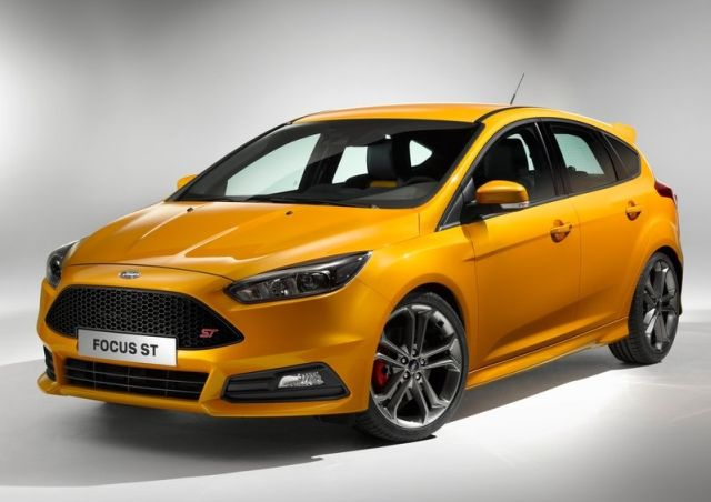 2016_FORD-FOCUS_ST_pic-4