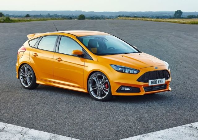 2015_FORD-FOCUS_ST_pic-8