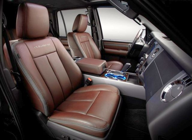 2015_FORD_EXPEDITION_interior-pic-4