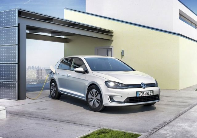 2015_VW_e-GOLF-front_pic-10