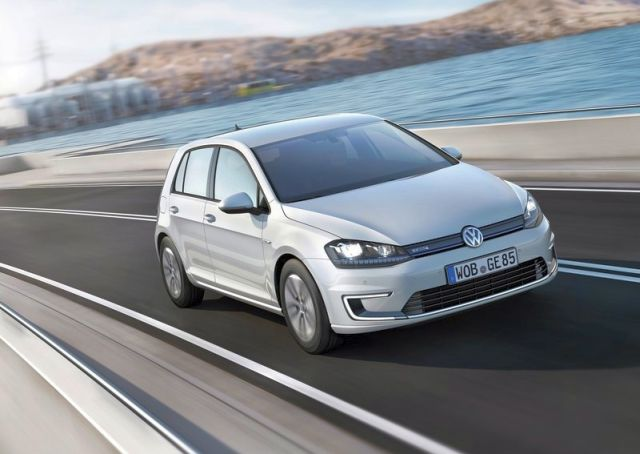 2015_VW_e-GOLF-front_pic-7