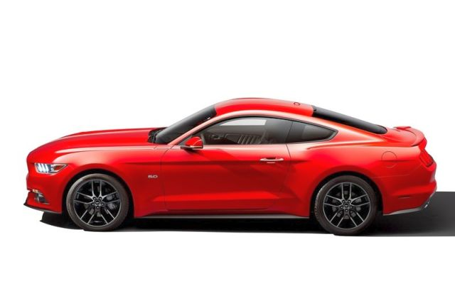 2016_FORD_MUSTANG_GT_profile_pic_5